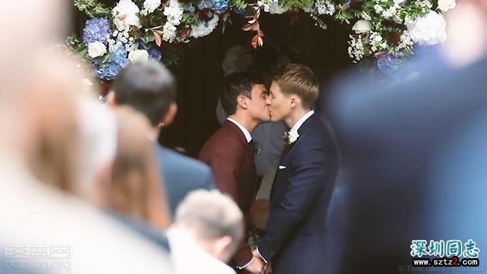 戴利和布莱克夫夫分享婚礼录像
