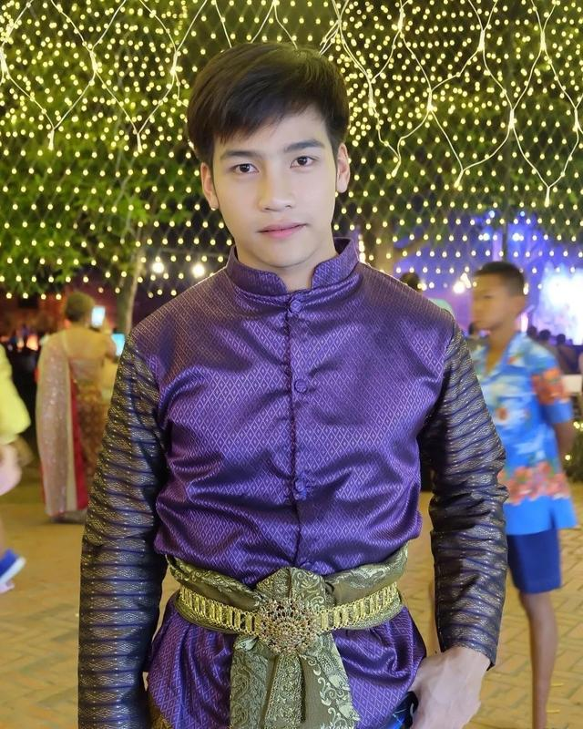 泰国阳光白净的小哥哥