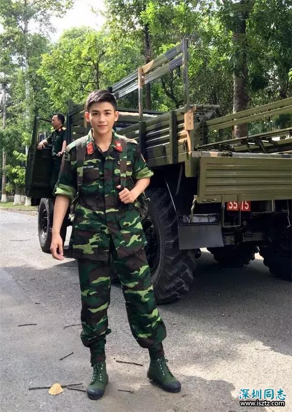 越南一军官因长相帅气走红网络,颜值不亚于当红明星